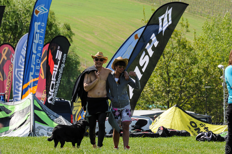 report-palavsky-kitefest-mcr-kiteboarding-2014-harakiri-kite-kurzy-flysurfer-naish-nobile-peter-lynn-neopreny-gul-test-day-rtx