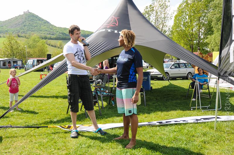 report-palavsky-kitefest-mcr-kiteboarding-2014-harakiri-kite-kurzy-flysurfer-naish-nobile-peter-lynn-neopreny-gul-test-day-mushow-vyhlaseni-freestyle-best-trick-zeny