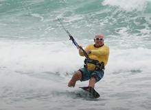 Nikdy není pozdě začít s kiteboardingem