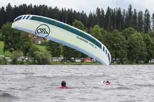 Kite-hydrofoil závody Lipno 20. - 21. června - restart draka
