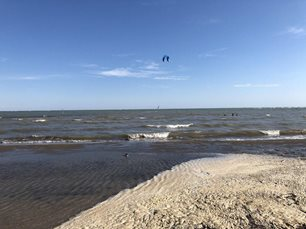 Kite-dovolena-a-rodina-low-wind.jpg