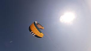 kite Flysurfer Sonic3 11m - z boku