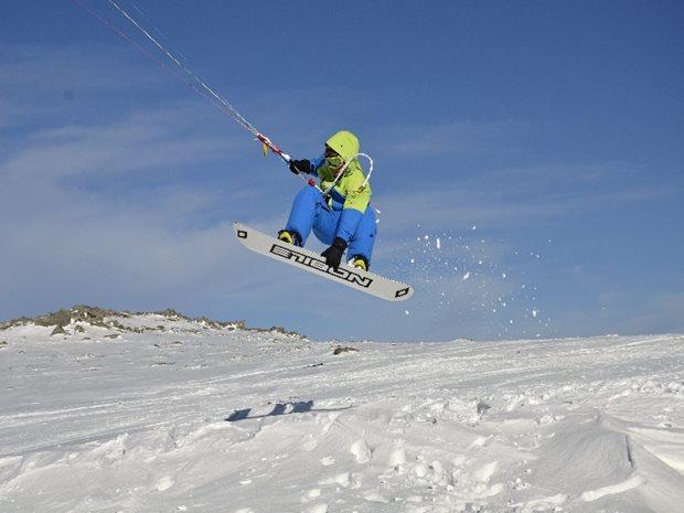 snowkiting-kite-kurz-bozi-dar-kulkin-snowkiting-Nobile.jpg