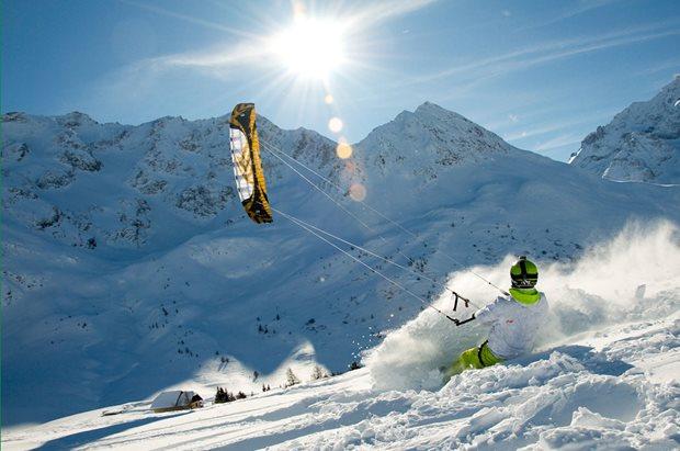 snowkiting-s-uzavrenym-komorovym-kitem-Speed3.jpg