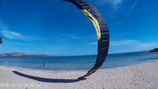 Flysurfer-Sonic-Sardinie.jpg