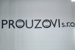 Reklamni logo - polep na kitu