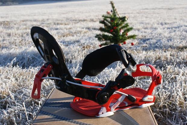 SP United snowkiting a snowboard vázání - odepnutá sklopná flow patka.JPG
