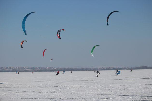 nove-mlyny-led-icekiting-flysurfer-sonic-03.jpg