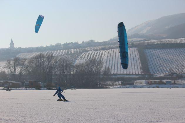 nove-mlyny-led-icekiting-flysurfer-sonic-07.jpg