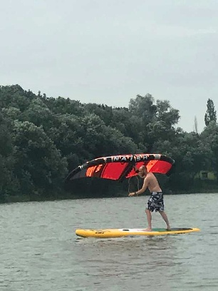 wingsurfer test na bagraku - low wind