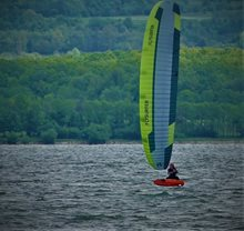 První pocity z kitu Flysurfer VMG2 na HF