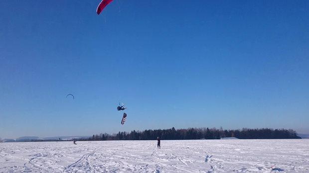 kite-Flysurfer-Sonic2-13m-snowkiting