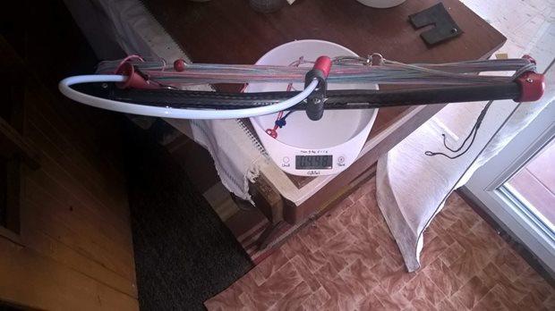 DIY-kite-bar-by-Hadrak-hmotnost