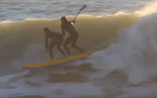 SUP tandem surfing