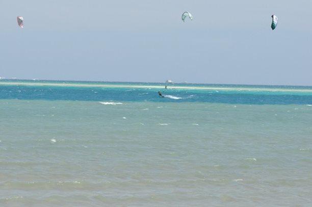 HARAKIRI kite kurzy Hurgada Egypt tahosh flysurfer 25.JPG