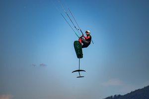 Kitesurfing-Alpska-parada-