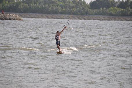 kiteboarding_dunaj_2011 (10).JPG