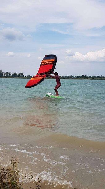 Kitesurfing-Wingsurfer-is-hir!-
