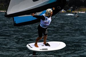 Wing-boarding-Wingfoil-tour-Malcesine (4)-