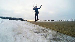 Landkiting-skateboarding-s-peakem-