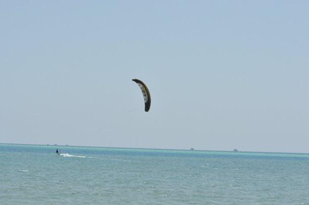 HARAKIRI kite kurzy Hurgada Egypt tahosh flysurfer 01.JPG