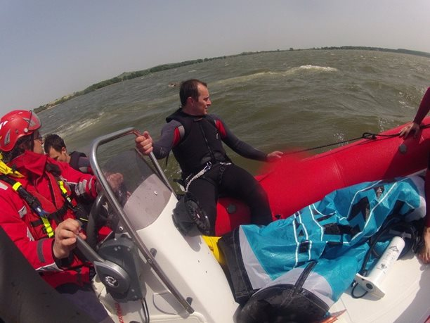 kiteboarding-kurz-hluboka-voda-na-clunu-jizni-morava-nove-mlyny-palava-25.JPG