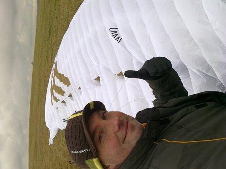 flysurfer_speed_3_21m_kite_buggy_landkiting_snowkiting_kiteboarding_broda_adolfov_6.jpg