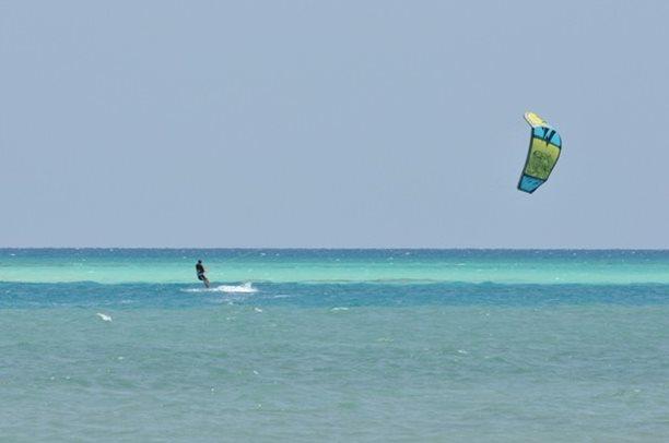 HARAKIRI kite kurzy Hurgada Egypt tahosh flysurfer 15.JPG