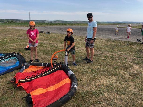 Wing-boarding-Naish-Wing-boarding-Tour-2020-Naish Wing-boarding Tour 2020 si užijí i děti