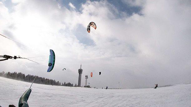 Snowkiting-Veselo-na-Veselaku (2)-