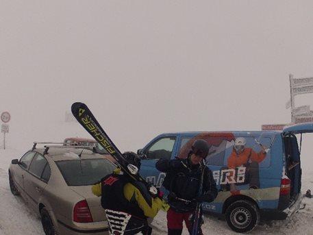 snowkiting-kite-kurz-boží-dar-kulkin-harakiri-kite-kurzy-kiteboarding-landkiting-naish-nobile-flysur