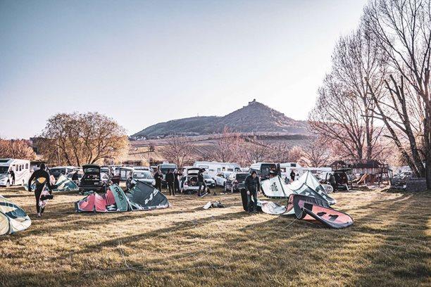 Kitesurfing-Aprilove-pocasi-