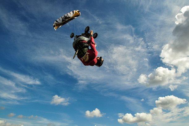 lukash_tomex_kiteboarding_snowkiting_landkiting_naish_flysurfer_nobile_DSC_4534.jpg