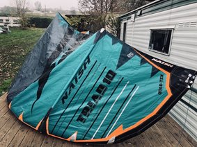 Prodám-Kite-Naish-Triad-10m-SN246682