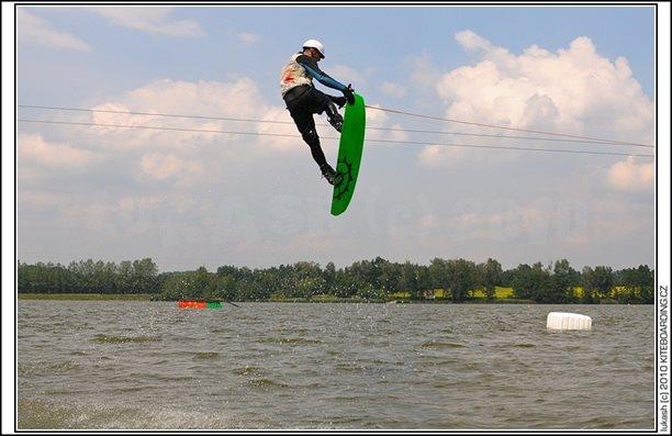 wake_vlek_straz_pod_ralskem_kite_kiteboarding_snowkiting_landkiting_nobile_naish_flysurfer_07.jpg
