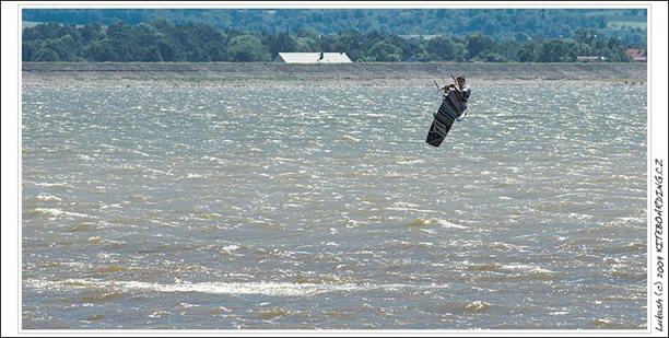 kiteboarding-otmuchow-08.jpg