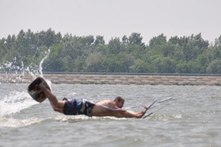 kiteboarding_dunaj_2011 - Copy.JPG