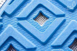 Detail na mřížku v podrážce