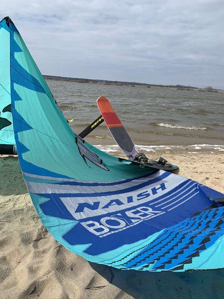 Kitesurfing-CORONA-KITE-