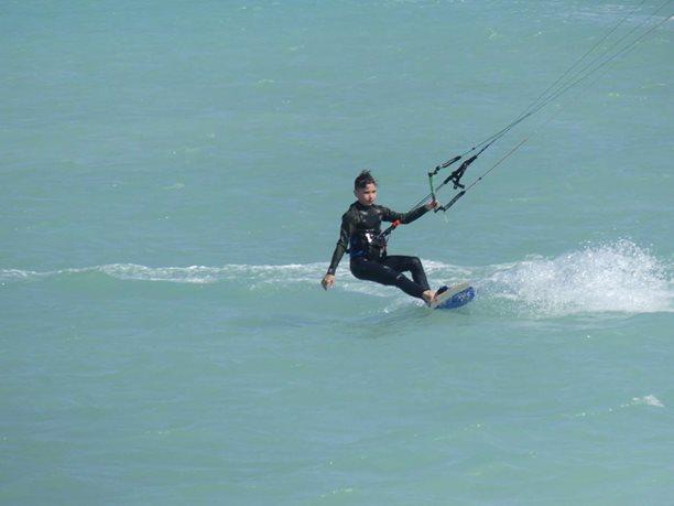 Kitesurfing-PARADISE-KITESURF-HURGHADA-EGYPT-RED-SEA-