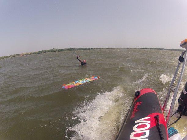 kiteboarding-kurz-hluboka-voda-na-clunu-jizni-morava-nove-mlyny-palava-27.JPG