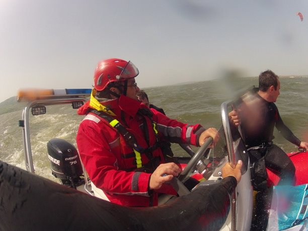 kiteboarding-kurz-hluboka-voda-na-clunu-jizni-morava-nove-mlyny-palava-33.JPG