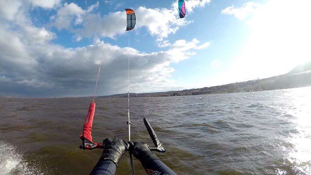 Kitesurfing-Je-nam-lip-