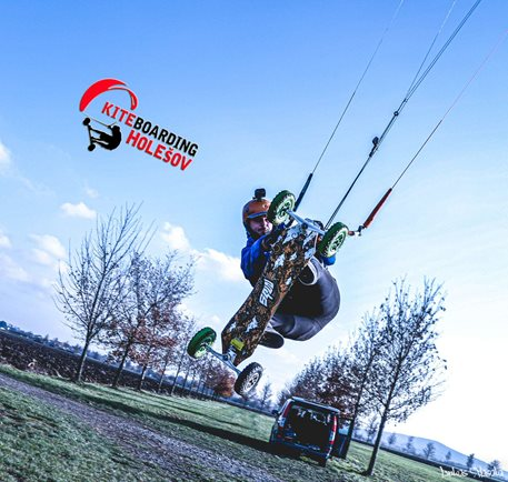 Landkiting-KiteLandBoarding-Holesov-