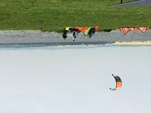 Kitesurfing-Pondelni-kitova-pohodicka-11hodin a plaz se zacina  plnit