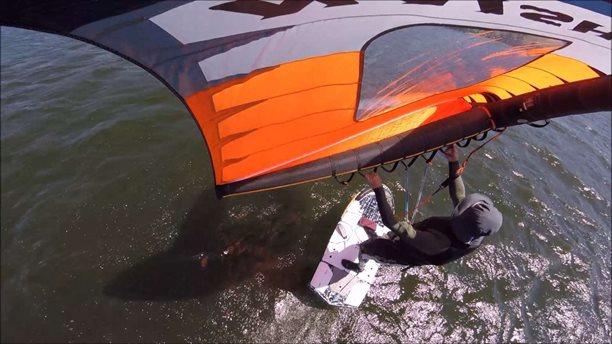 Paddle-board-Wingfoil-trapéz/v háku