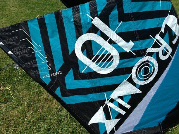 kite-flysurfer-cronix-9.JPG