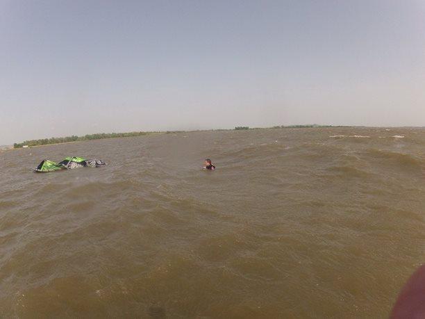 kiteboarding-kurz-hluboka-voda-na-clunu-jizni-morava-nove-mlyny-palava-48.JPG