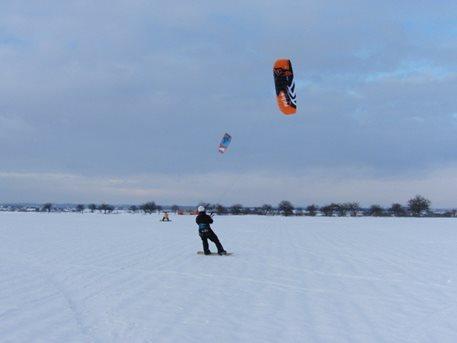 kite  snowkite  Křennice    03.JPG