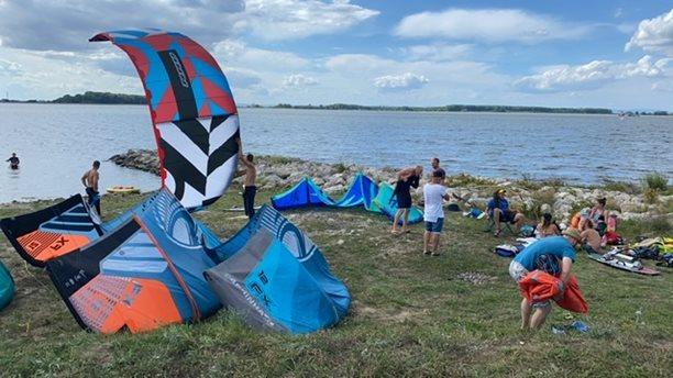 Kitesurfing-Zase-na-Kralove-